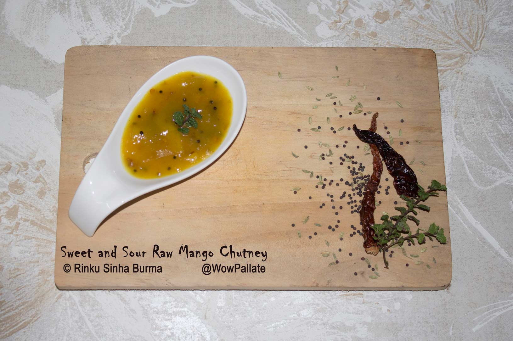 Sweet and Sour Mango Chutney